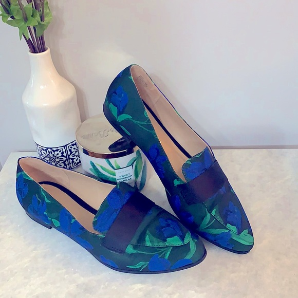 Kelly & Katie Dotty Blue and Green shoe loafers